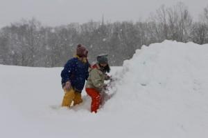 雪と子どもたち